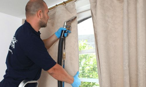 Northampton curtain cleaning service provider
