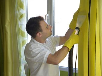 cleaning curtains specialists